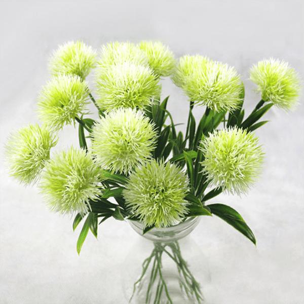 Sử dụng hoa để uống rượu