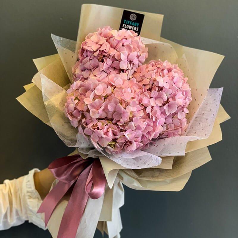 Hoa cẩm tú cầu màu tím với sự thấu hiểu