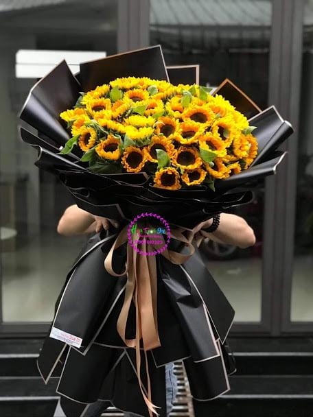 Một số thông tin về ý nghĩa hoa hướng dương