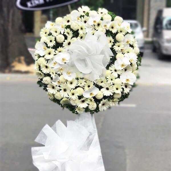 Hoa tang lễ miền Bắc.