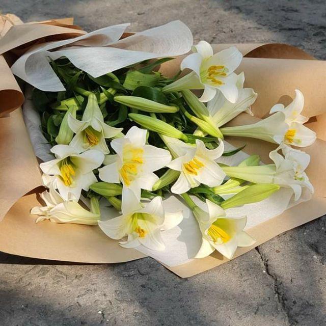 lựa chọn một bó hoa tang lễ phù hợp