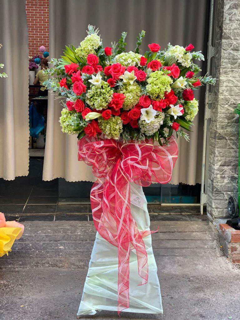 Đặt hoa chúc mừng ngoài khu vực quận 6