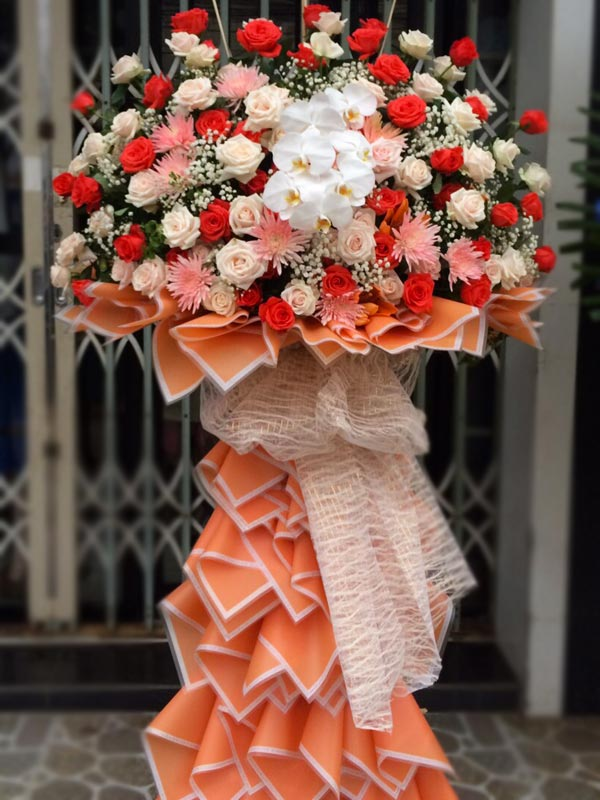 đặt hoa chúc mừng khai trương dựa trên màu sắc hoa