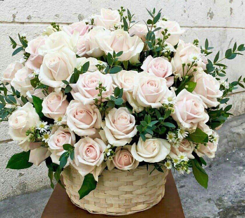 Đặt hoa chúc mừng khai trương tại cửa hàng hoa tươi 9x