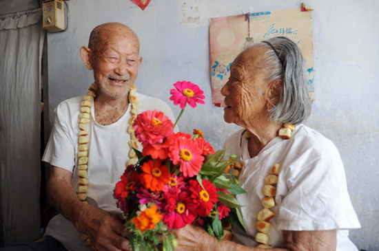 Hoa sinh nhật người lớn tuổi phải thể hiện được lòng thành kính