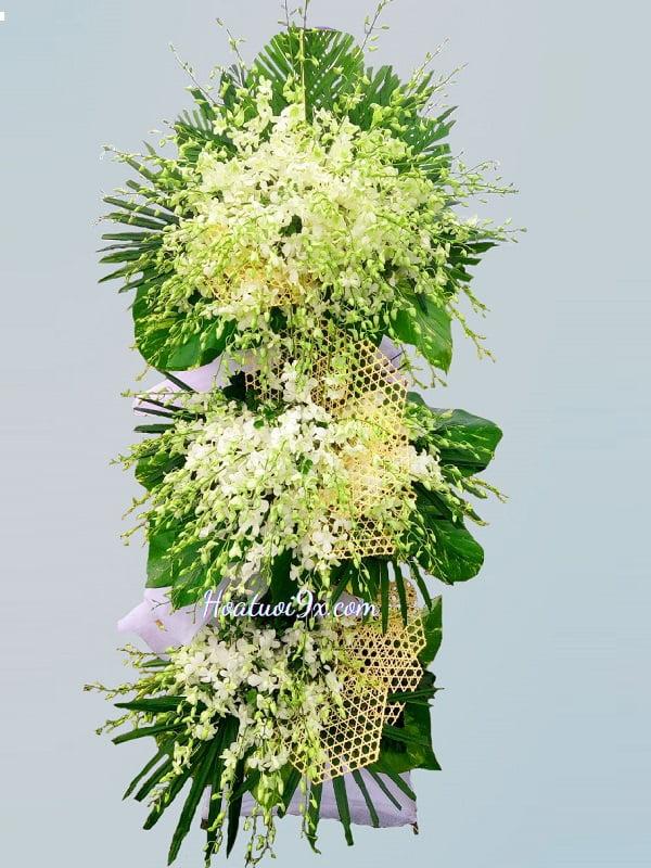 Hoa tang lễ độc lạ