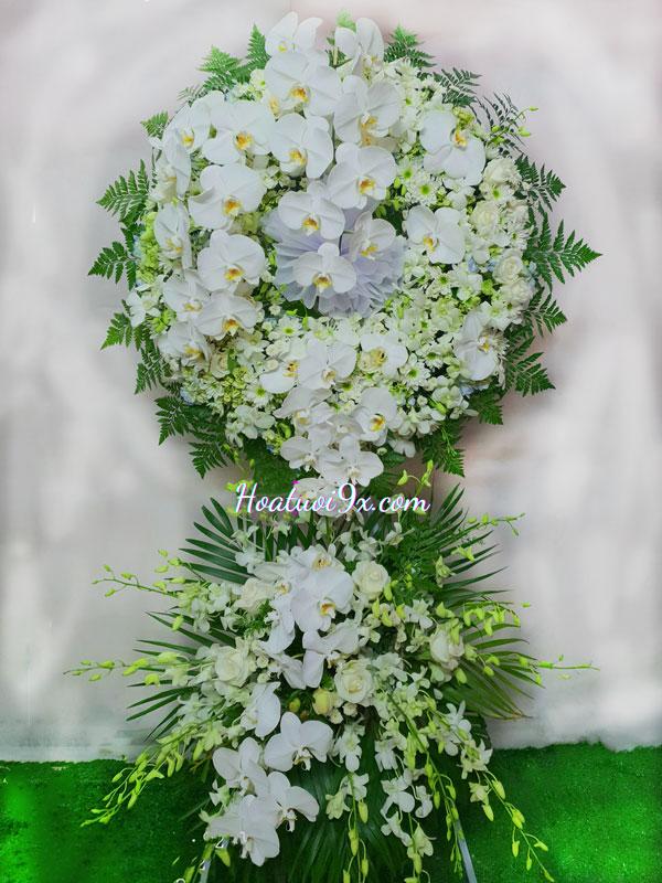 Một lẵng hoa đám tang giá bao nhiêu