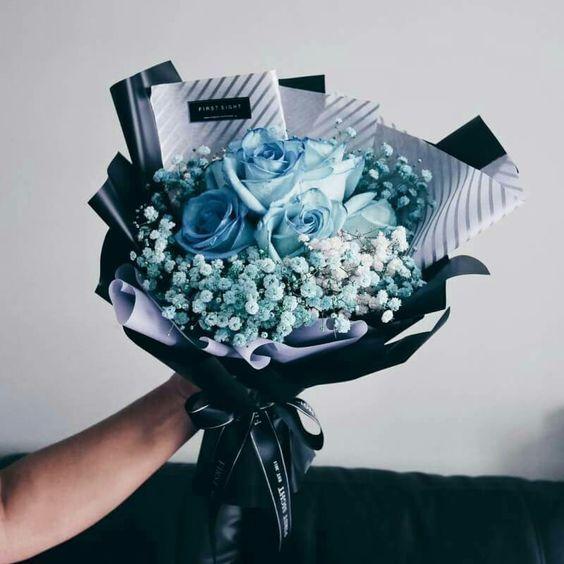 Tượng đài của hoa tình yêu