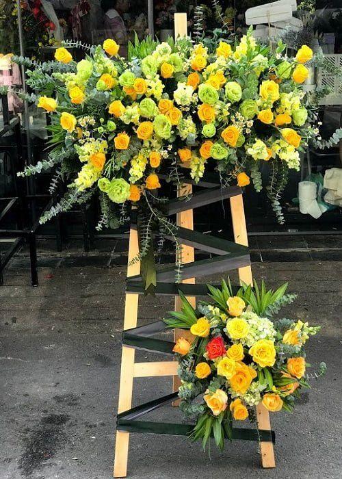 Cách cắm hoa bàn thờ
