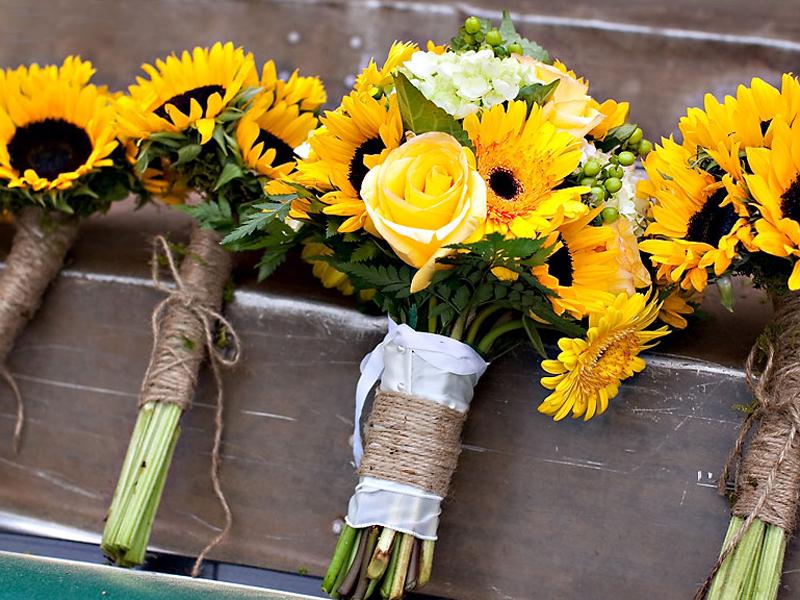 Chiều cao một bó hoa cưới rơi vào tầm khoảng độ dài là từ 30 - 35cm