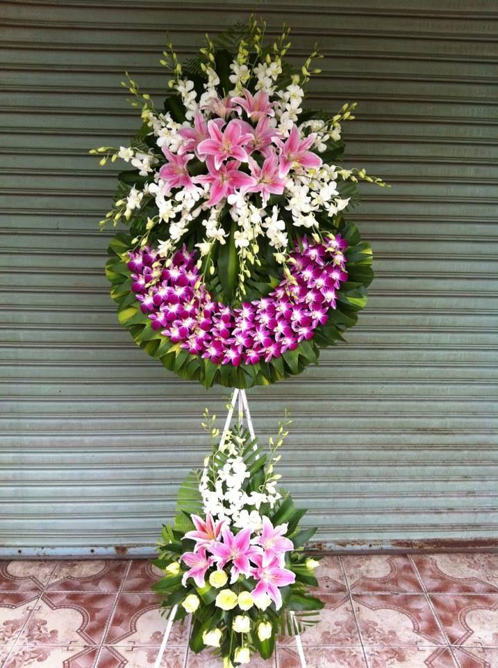 Vòng hoa tang lễ đẹp màu hồng phấn cho tình thương mãnh liệt