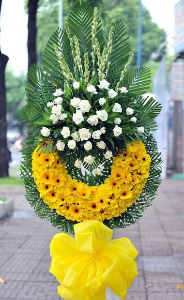 Viếng tang bằng vòng hoa tang lễ