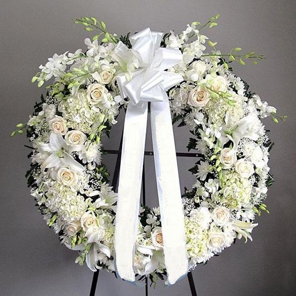 Vòng hoa tang lễ sang trọng