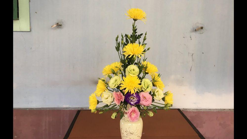 Cách làm phần xốp khô hình cầu để cắm hoa ngày rằm