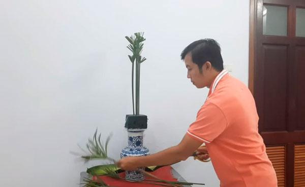 Nguyên liệu cắm hoa bàn thờ đẹp và trang trọng nhất