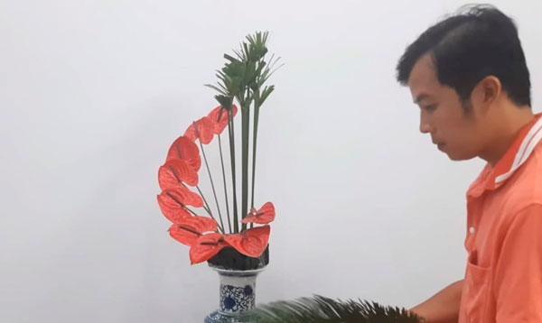 bình hoa rực rỡ và vô cùng xinh đẹp