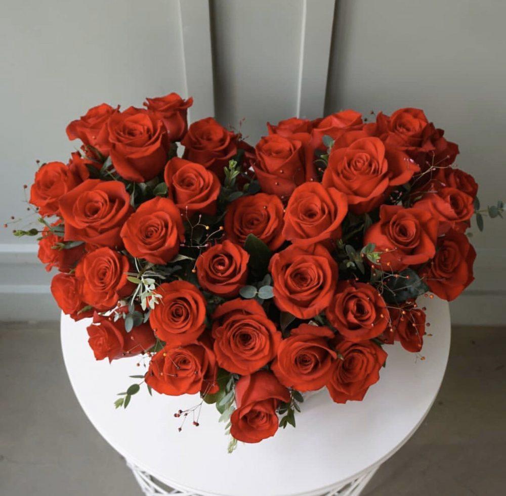 Một số lợi ích về cách lận cánh hoa hồng thông dụng