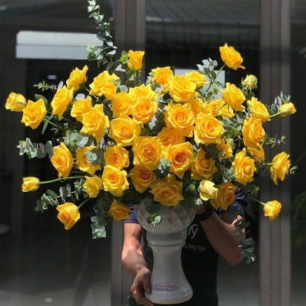 Cách cắm hoa để bàn thờ tổ tiên hay dâng Phật