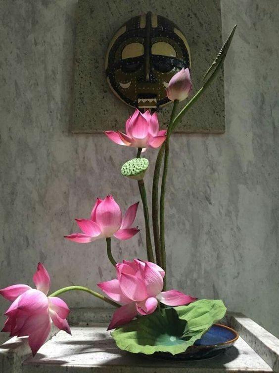 tuân thủ theo nguyên tắc phần hoa nhỏ hướng ra phía ngoài