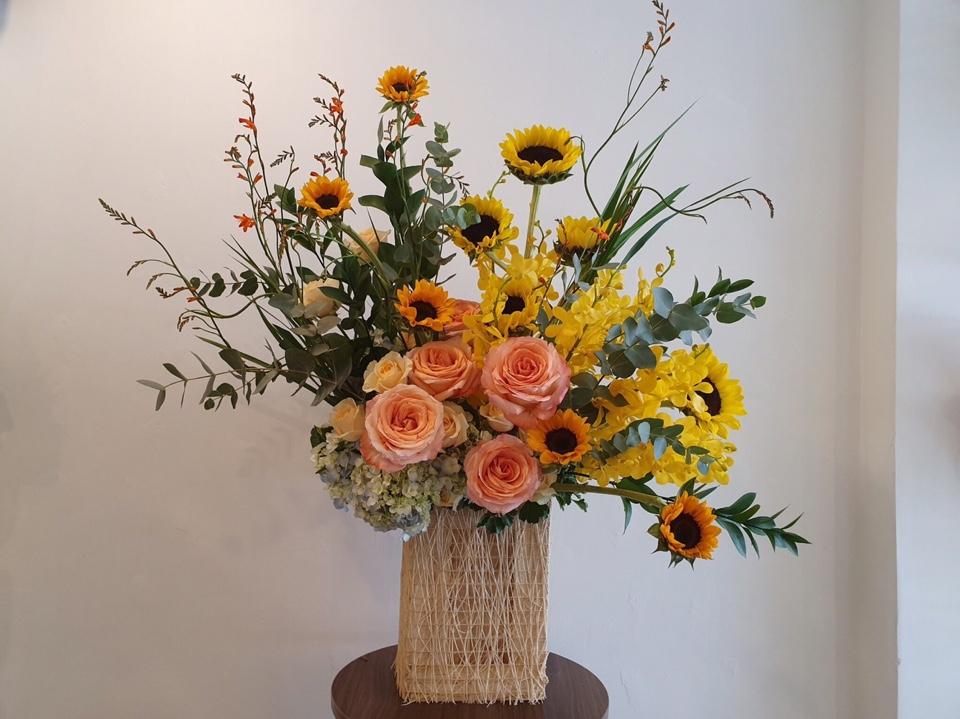 Sử dụng hoa chính là hoa hướng dương