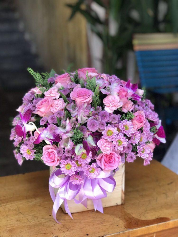 Giỏ hoa sinh nhật đẹp bao gồm những gì?