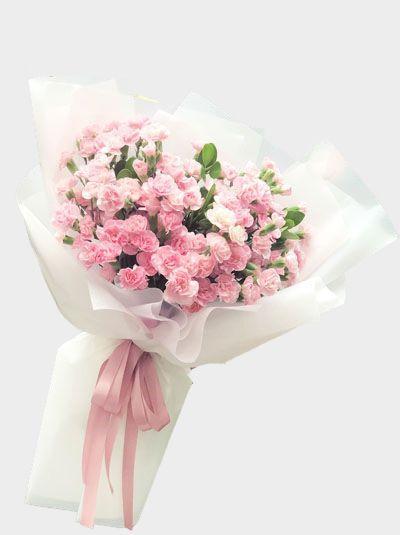 Bó hoa cẩm chướng dạng dài thao tác như thế nào?