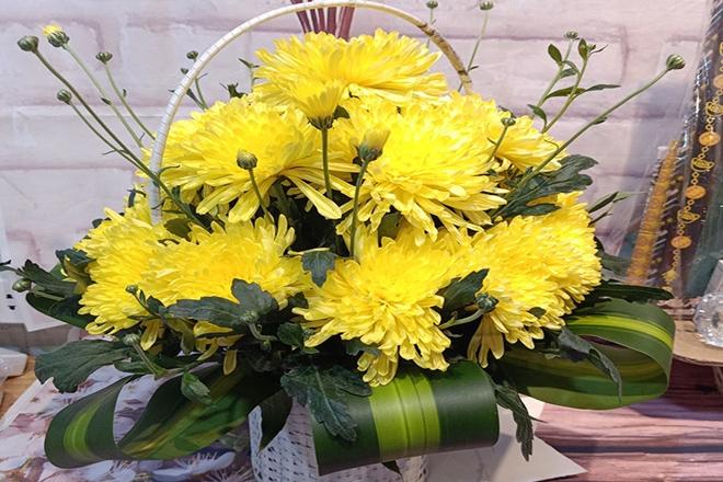 Bổ sung hoa ở các vị trí trống