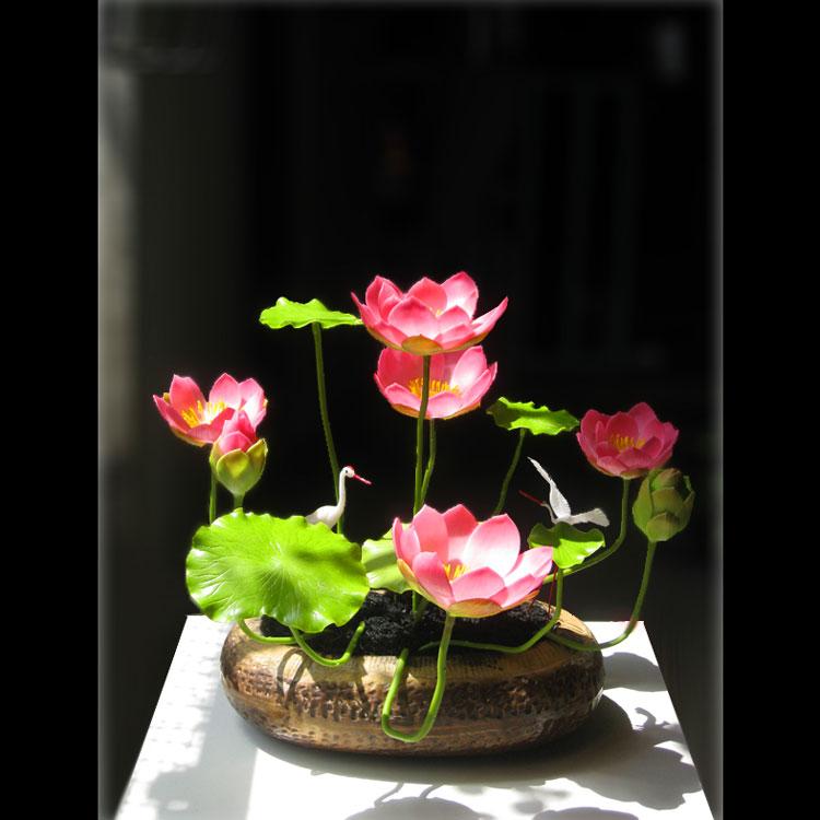 nên cột kẽm để xe cành cho hoa