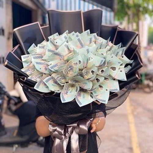 Kỹ thuật bó hoa bằng tiền tặng nàng mà chàng cần phải biết