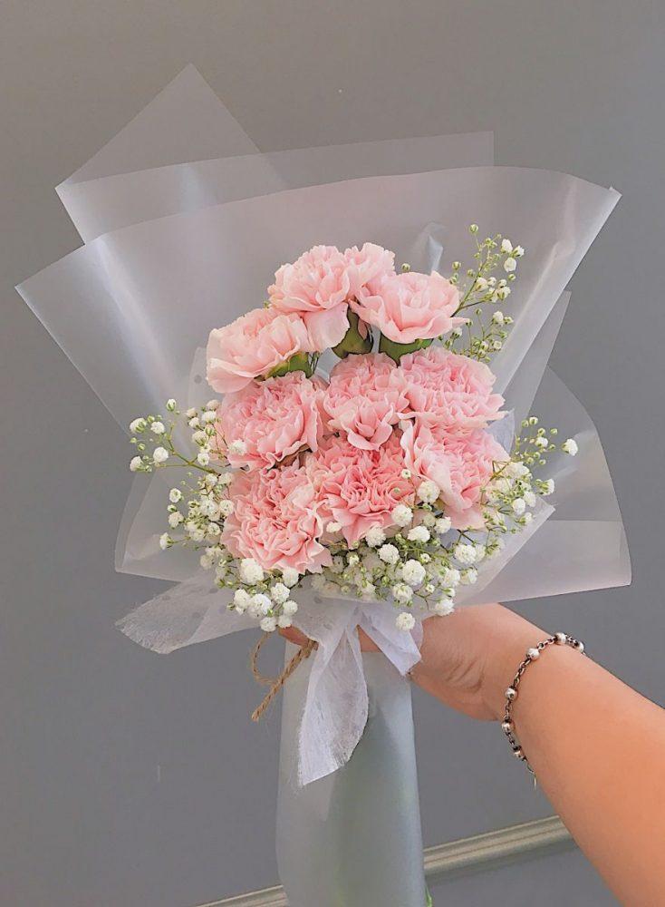 Tặng bó hoa cẩm chướng dạng dài vào dịp nào?