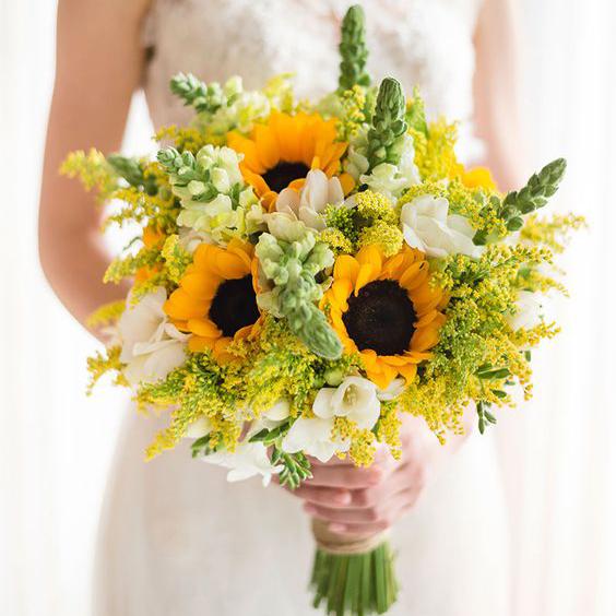 Bó hoa cưới theo phong cách hiện đại này rất dễ làm