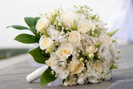 Thủ thuật bó hoa cưới theo khung đẹp và đơn giản nhất