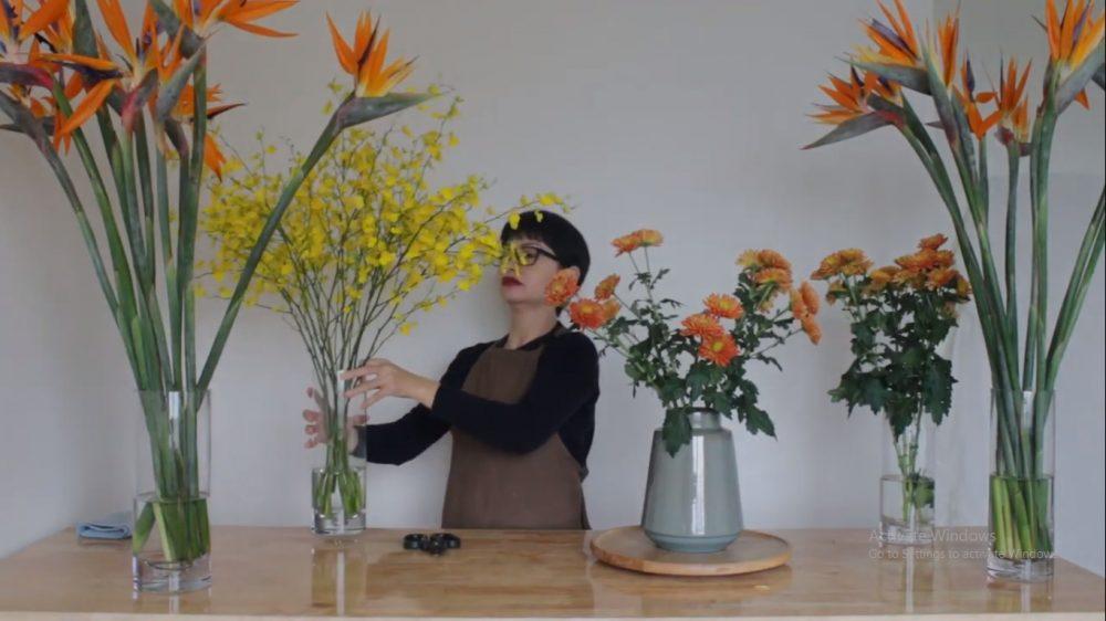 Cách cắm hoa thiên điểu để trang trí trong nhà